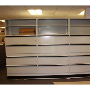 Square-installation-of-electric-mobile-shelving(4)