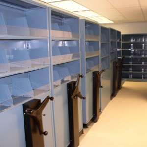 square-Biomedical-Mobile-Storage-Shelving-System
