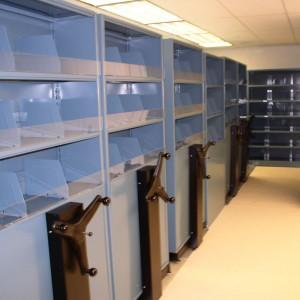 square-Biomedical-Mobile-Storage-Shelving-System