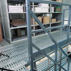 Mezzanine-Decking-with-storage-shelving