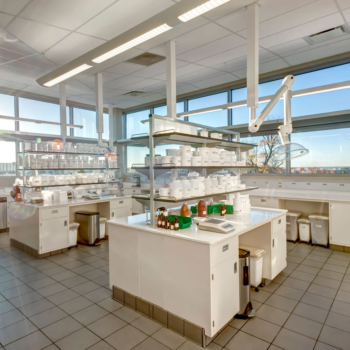 Lab Furniture Workstations